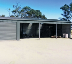 smallopen-farm-shed-with-one-enclosed-bay
