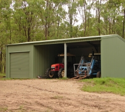 smallFarm Shed 2