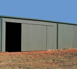 smallfarm-shed-with-sliding-door